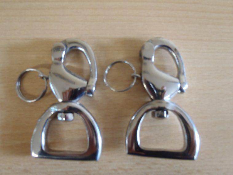Parrot clips 1